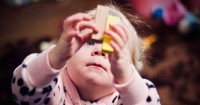3. Pantau perkembangan anak