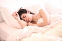 Bagaimana Tidur Memengaruhi Kondisi Kulit