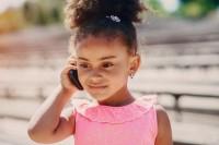 2. Dorong mereka menjawab telepon, suara mereka