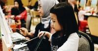 Quality Time Melukis Bersama Anak Popmama Arisan X Bartega