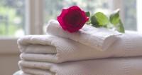 5. Handuk perlengkapan mandi