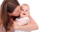 4. Rencanakan waktu bermain khusus anak pertama