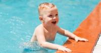 3. Swimmer's ear bisa terjadi karena air terperangkap