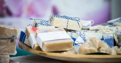 10 Kegunaan Sabun Batangan Selain untuk Mandi