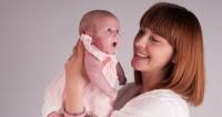 Tips Trik Menatap Mata Bayi agar Manfaat Maksimal