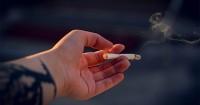 1. Hindari asap rokok