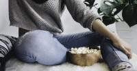 4. Popcorn, teman kencan paling setia saat nonton