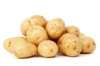 5. Kandungan pati dalam kentang menyamarkan kemerahan kulit wajah