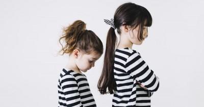 10 Tips agar Anak Tidak Suka Iri pada Saudaranya