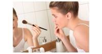 7. Gunakan kosmetik aman ibu hamil