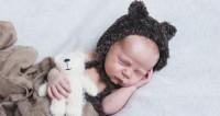 1. Membantu bayi tidur lebih nyenyak