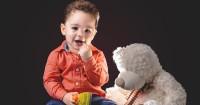 4. Kelola kecemasan bayi akan perpisahan
