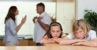 Jangan Cuek, 6 Hal Ini Buktikan Bahwa Keluargamu Sedang Bermasalah