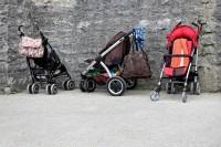 7. Stroller atau gendongan