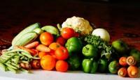 1. Memperbanyak makan serat