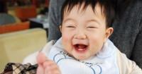 Bikin Keluarga Jadi Happy, Ini 7 Tanda Bayi Merasa Bahagia