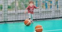 1. Bermain basket
