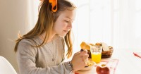 7. Penuhi kebutuhan nutrisi anak