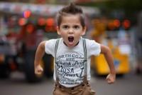 1. Anak sulit mengungkapkan emosinya