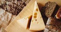 3. Keju bisa menjadi pilihan makanan kalsium baik