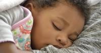 7. Maksimalkan tempat tidur khusus bayi