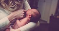 1. Mama sadar, bayi mama sakit