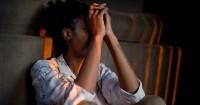 6. Perubahan suasana hati berlebihan