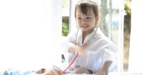7. Main dokter-dokteran