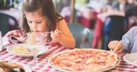 3. Perhatikan asupan makanan dikonsumsinya