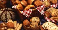 4. Batasi mengonsumsi makanan berbahan tepung