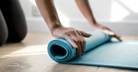 4. Matras yoga