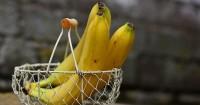 2. Buah pisang kaya akan kalori