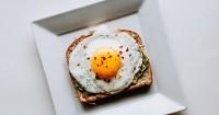 2. Telur setengah matang