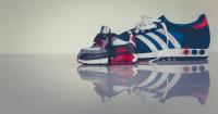 4. Bedakan sepatu