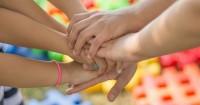 Catat ya Ma Ini Cara Melatih Anak agar Mampu Bekerjasama Teman