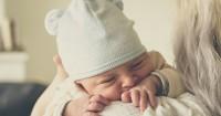 4. Dianggap tidak ada kemiripan antara bayi orangtuanya