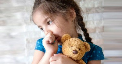 7 Cara Tepat Menghilangkan Kebiasaan Anak Menghisap Jempol
