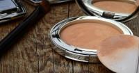 3. Hindari menggunakan makeup