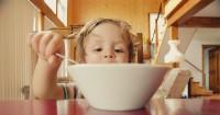 6. Menumbuhkan sikap disiplin anak