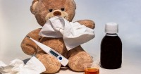 2. Menentukan dosis obat berdasarkan usia anak