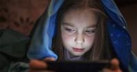 5 Gerak-Gerik Ini Bisa Menandakan Anak Sering Mengakses Pornografi