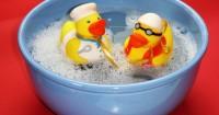 2. Jenis mainan aman bayi