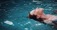 1. Berenang, olahraga minim trauma tubuh