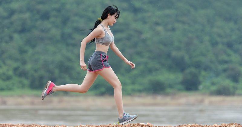 4. Olahraga atau aktivitas terlalu berat