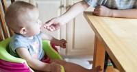 2. Mama memberikan tangan putra- ha sementara waktu, tetapi memberikan hati seumur hidup