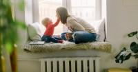 1. Melatih komunikasi anak