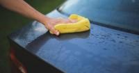 1. Mencuci kendaraan