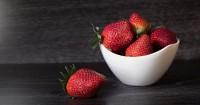 5 Manfaat Buah Stroberi Bagi Kehamilan Mama