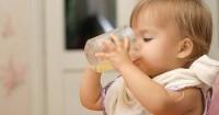 4. Hindari memberi jus bayi