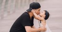 2. Sebuah ciuman sebagai bentuk kasih sayang